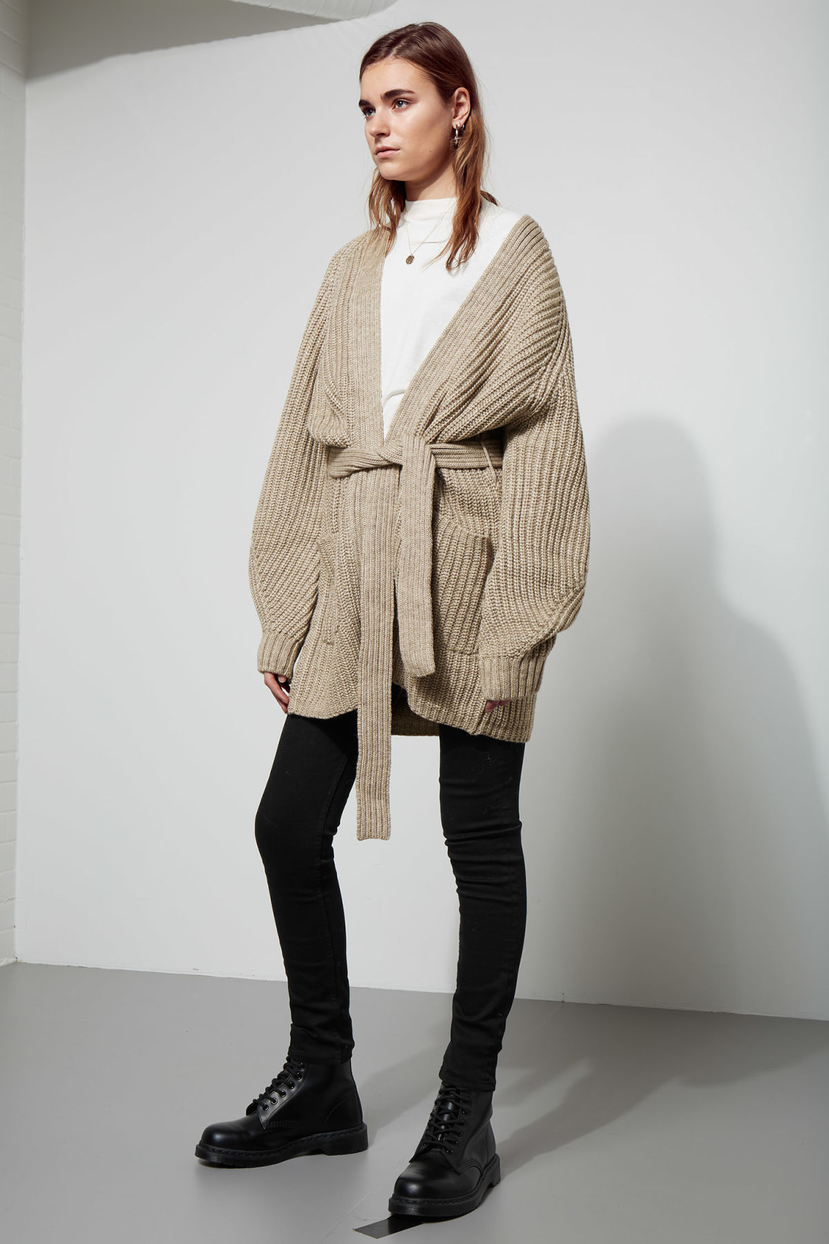 Model side image of Weekday clash cardigan in grey
