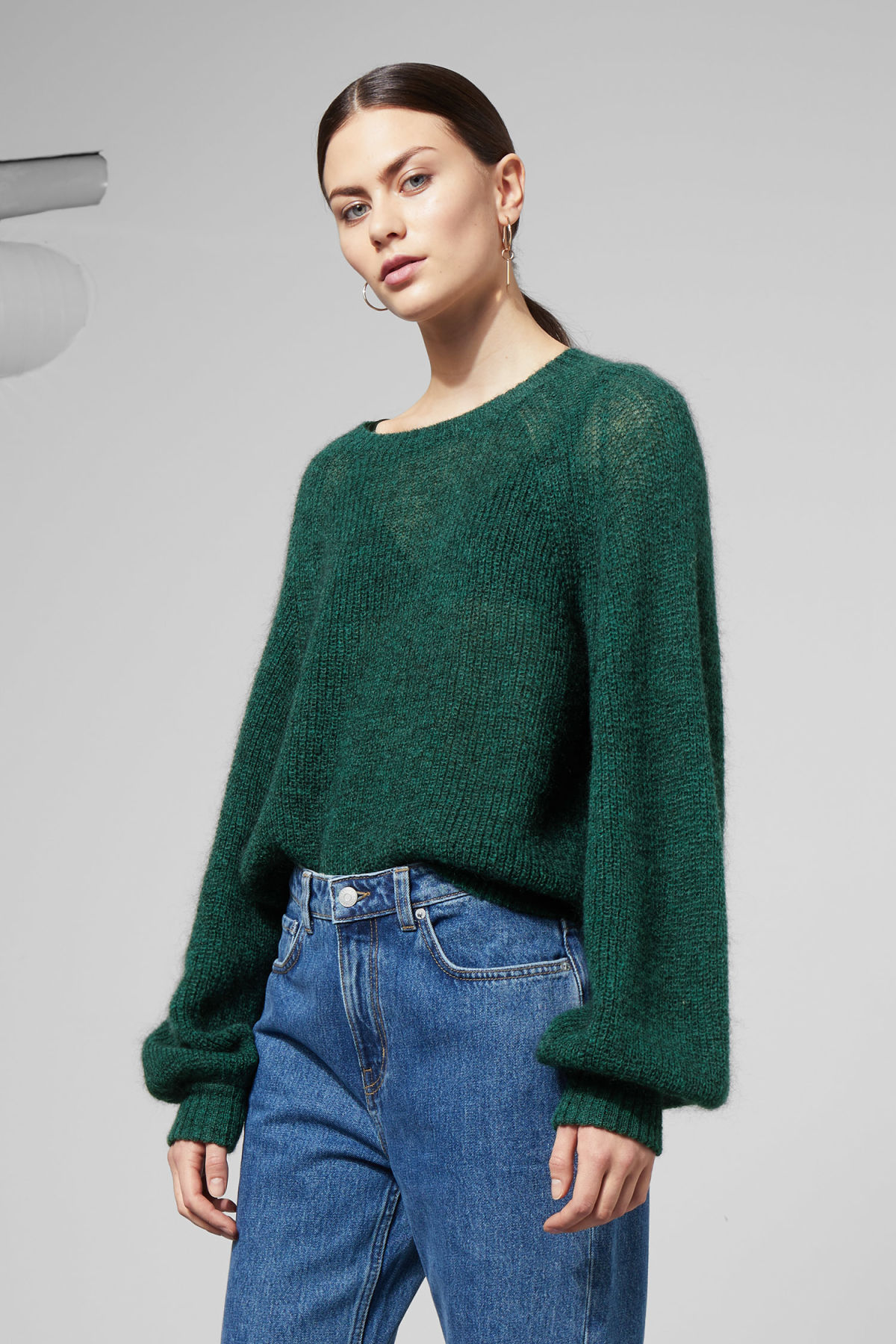 Model front image of Weekday joni sweater in green