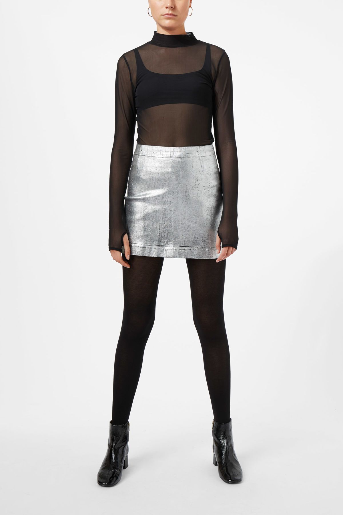 Model front image of Weekday shell skirt silver coated in silver