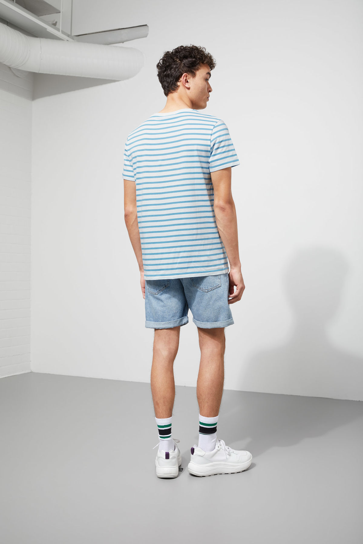 Model back image of Weekday alex stripe t-shirt in blue
