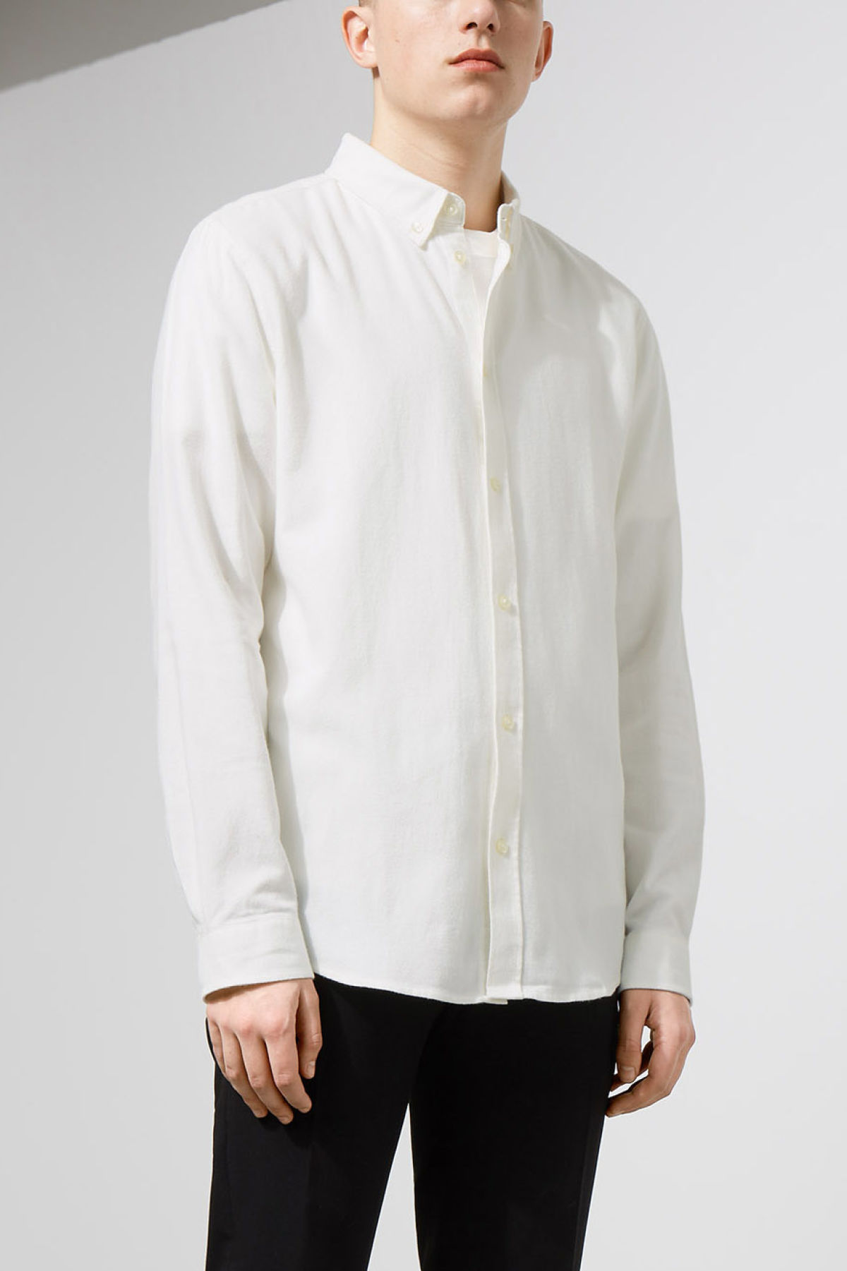 Model front image of Weekday seattle flanell shirt in white