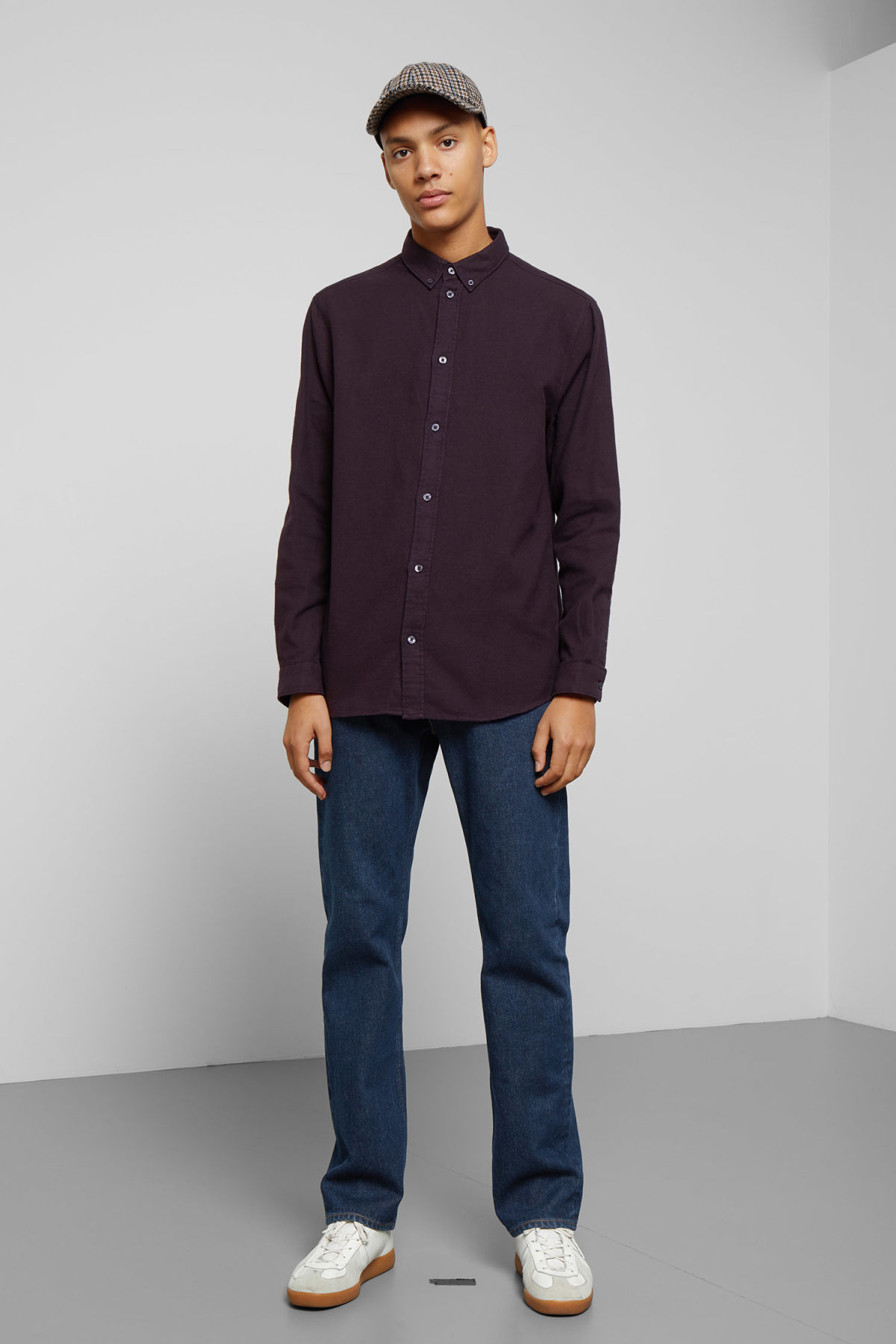 Model side image of Weekday seattle flanell shirt in purple