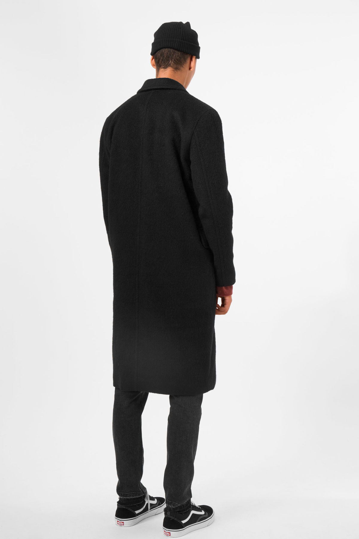 Model back image of Weekday tristan coat in black