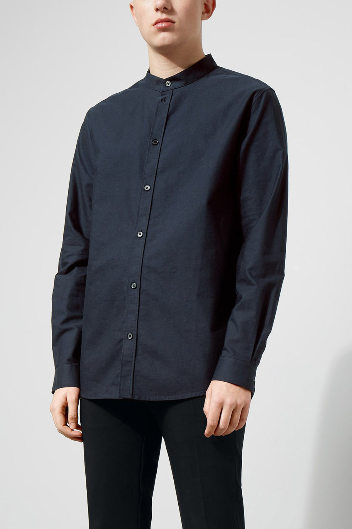 Model front image of Weekday haring collarless shirt in blue