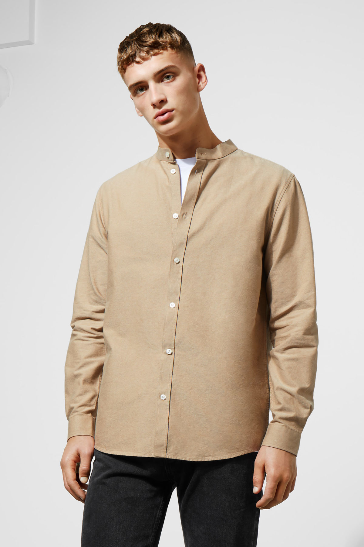 Model front image of Weekday haring collarless shirt in beige