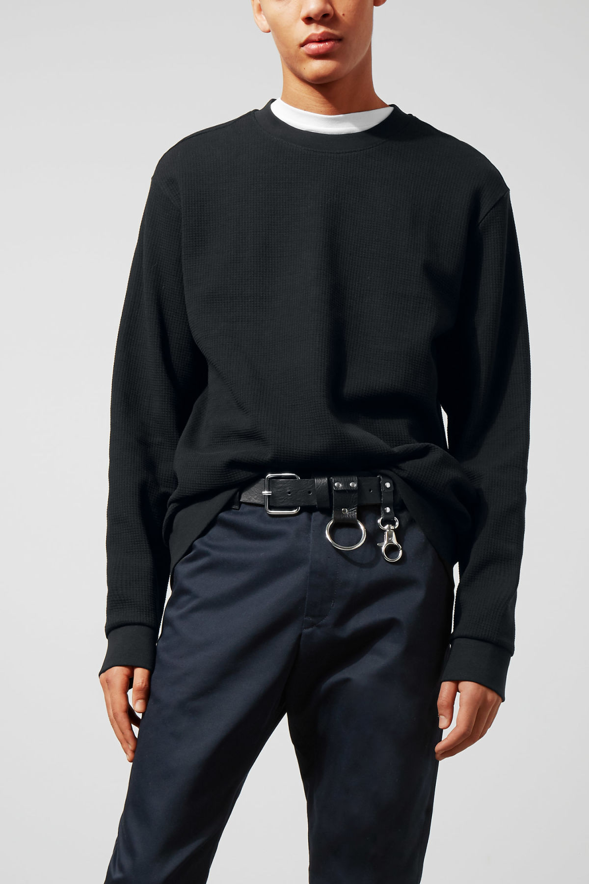 Model front image of Weekday steve structured sweatshirt in black