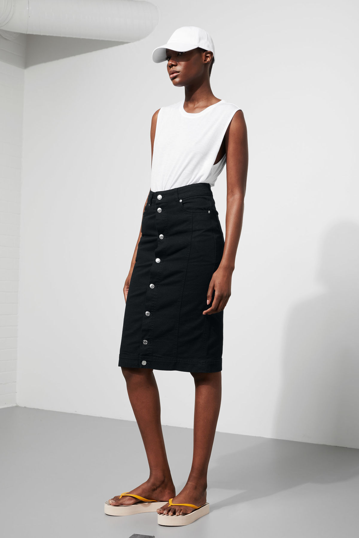 Model front image of Weekday sign skirt in black