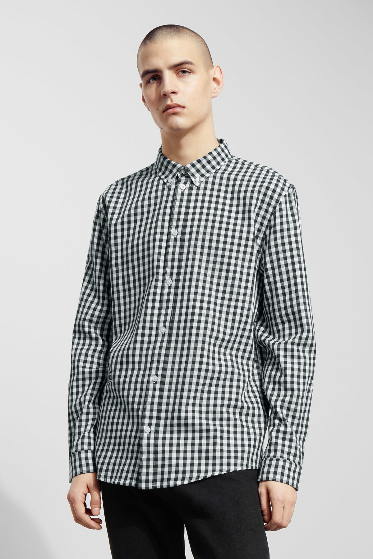 Model front image of Weekday seattle ginham shirt in blue
