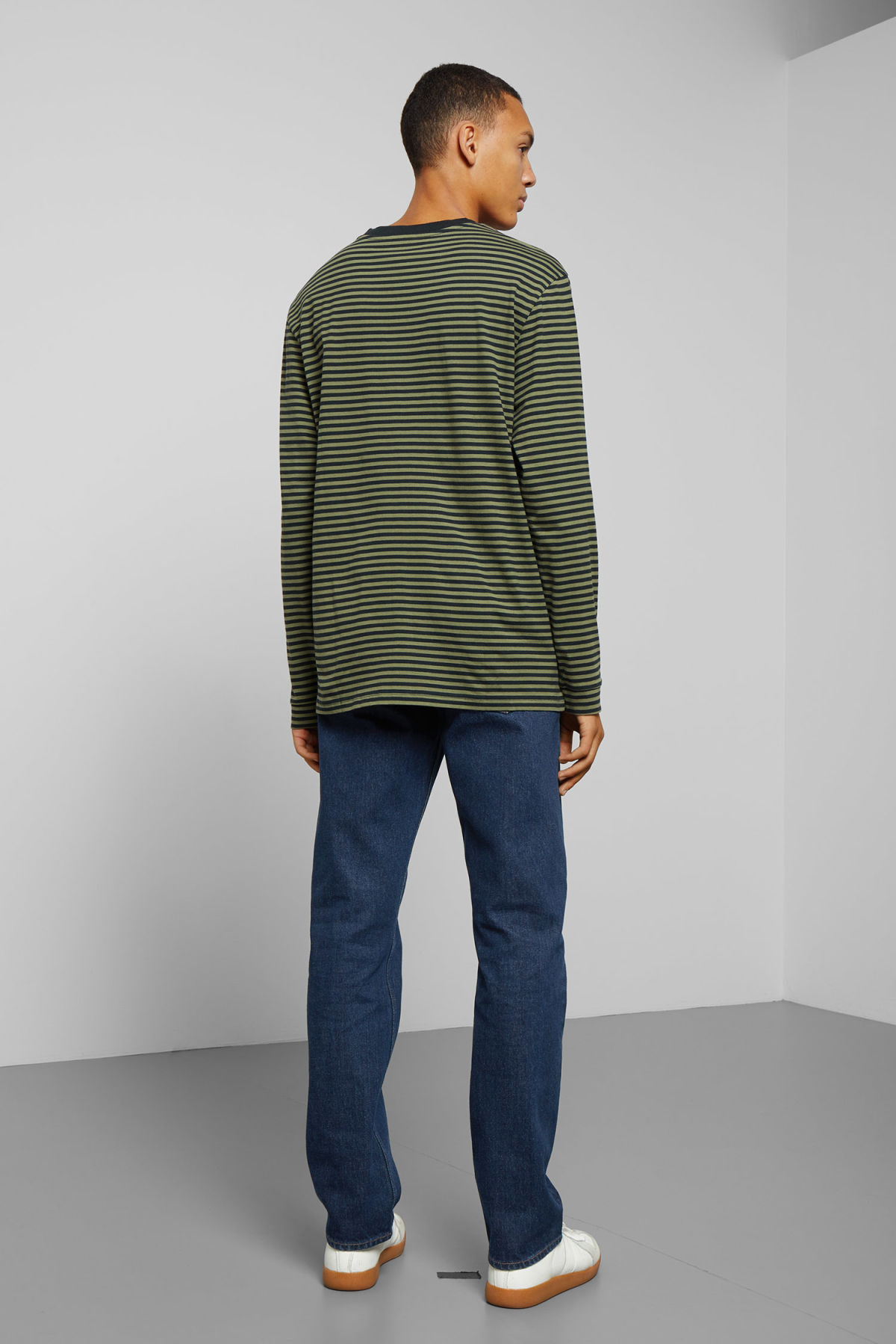 Model back image of Weekday leonardo stripe long sleeve in green