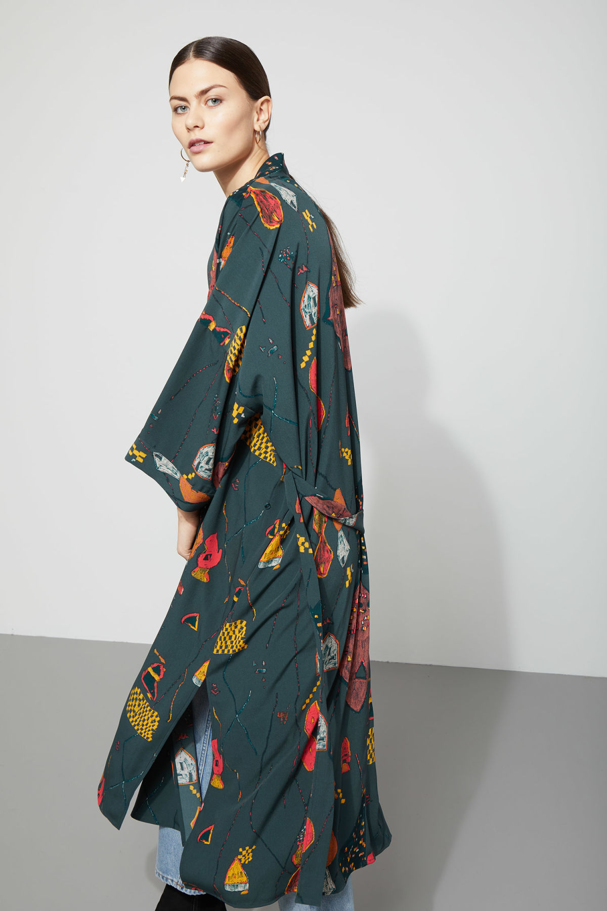 Model side image of Weekday bass kimono in blue