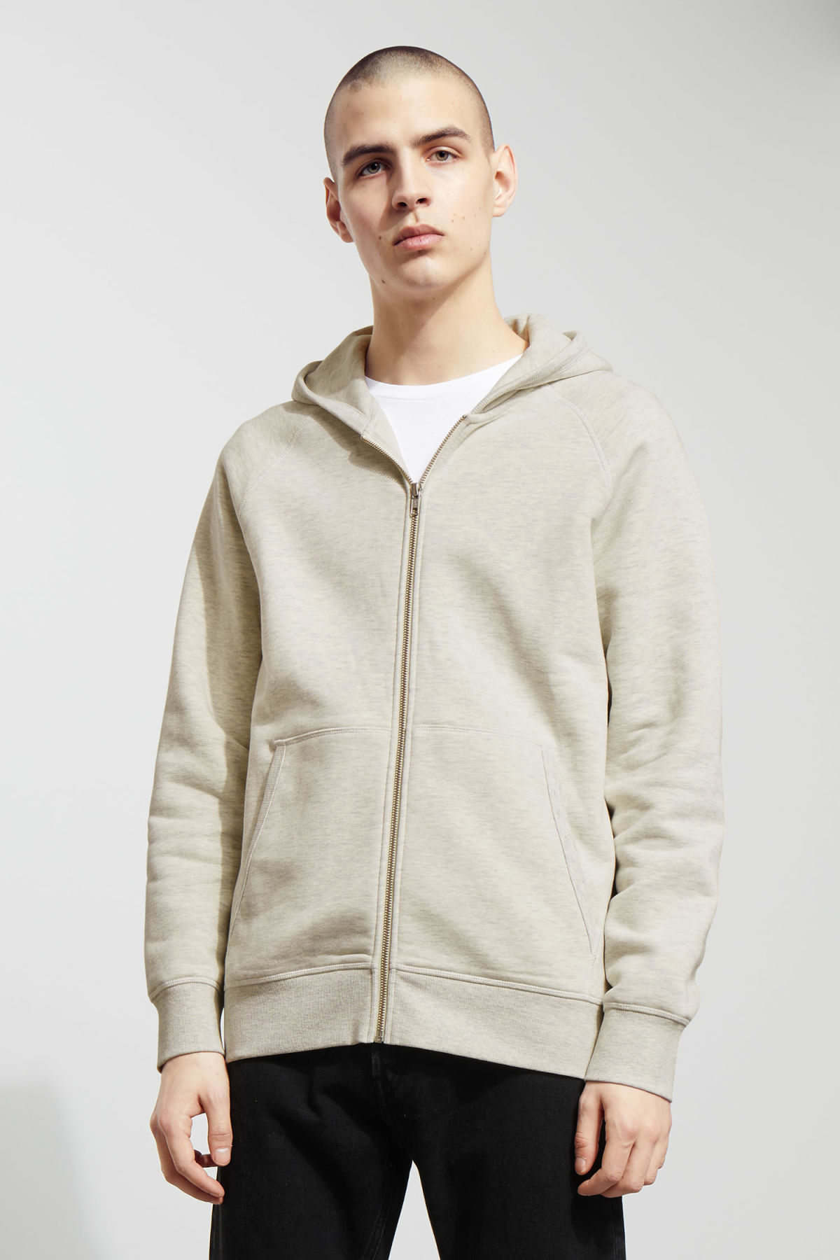 Model front image of Weekday stark hoodie in beige