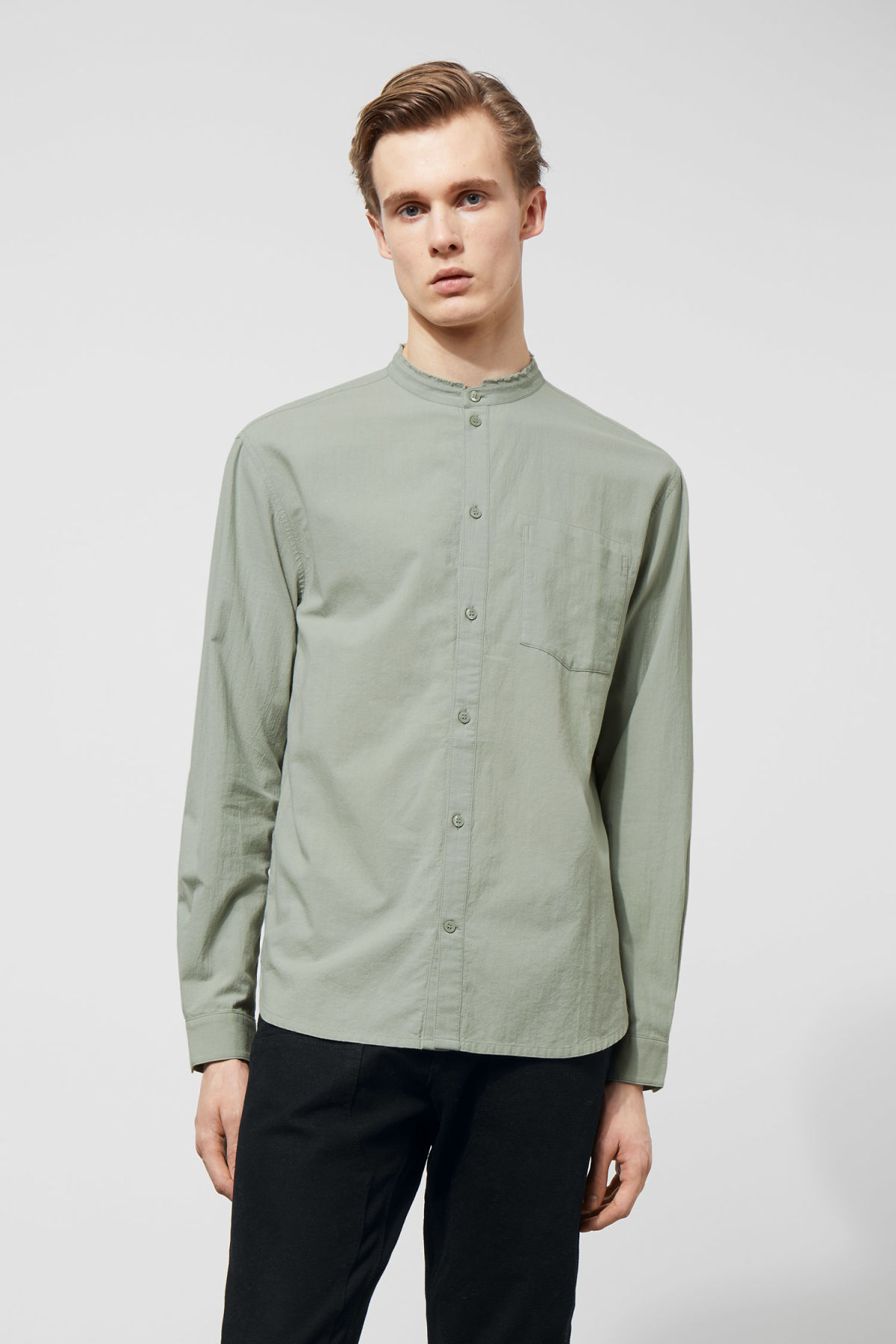 Model front image of Weekday rose shirt in green