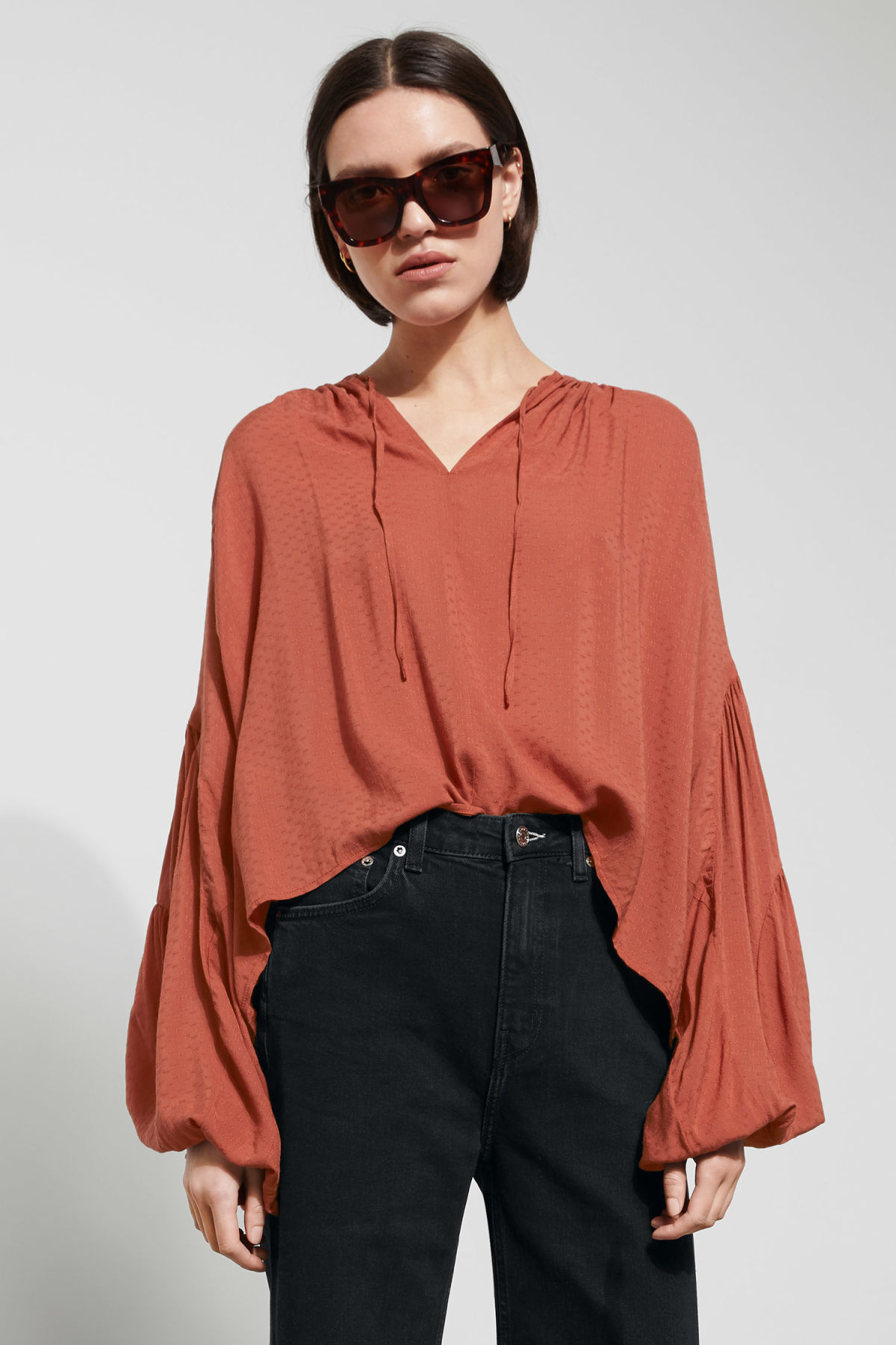 Model front image of Weekday miles blouse in orange