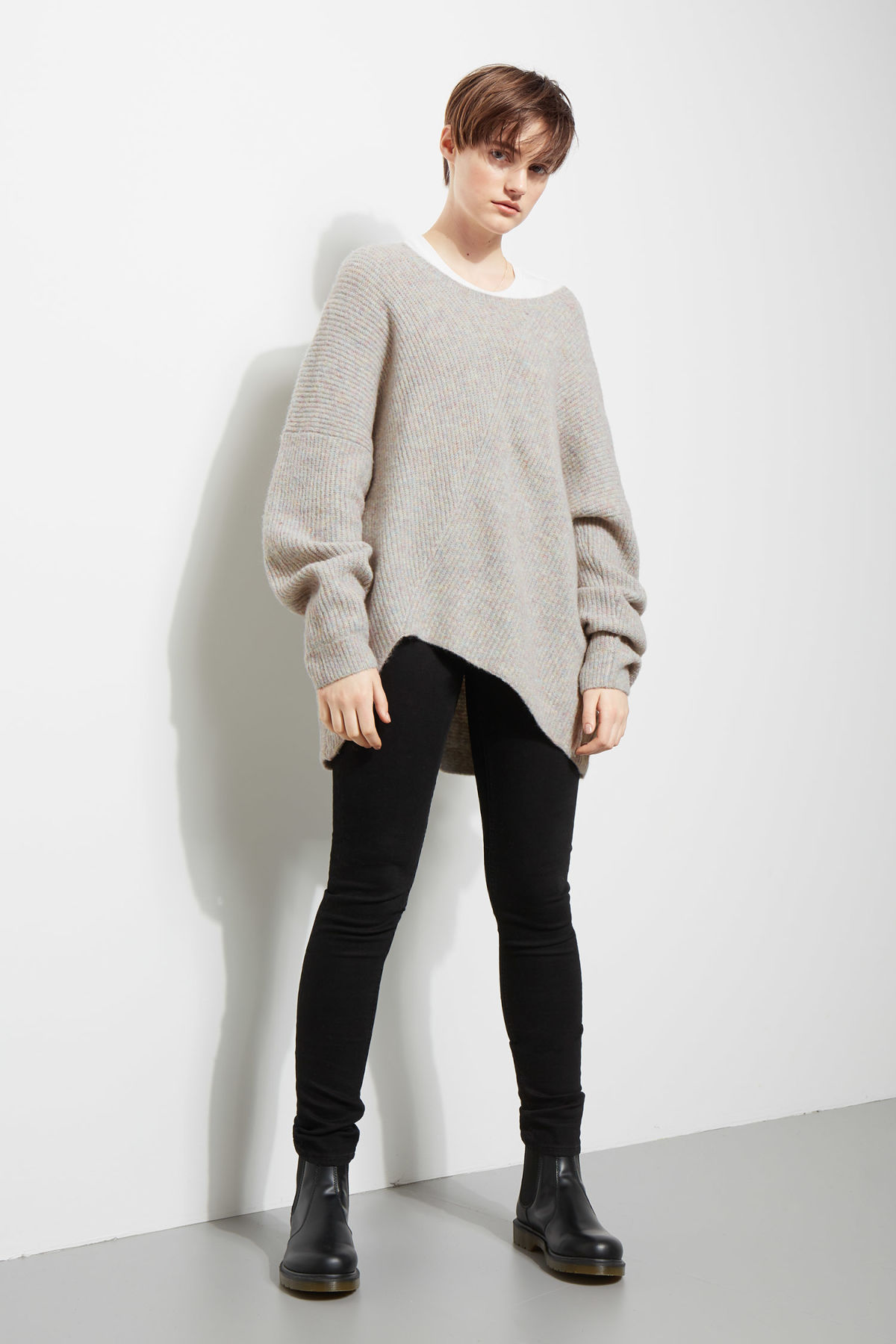 Model side image of Weekday fairy sweater in grey