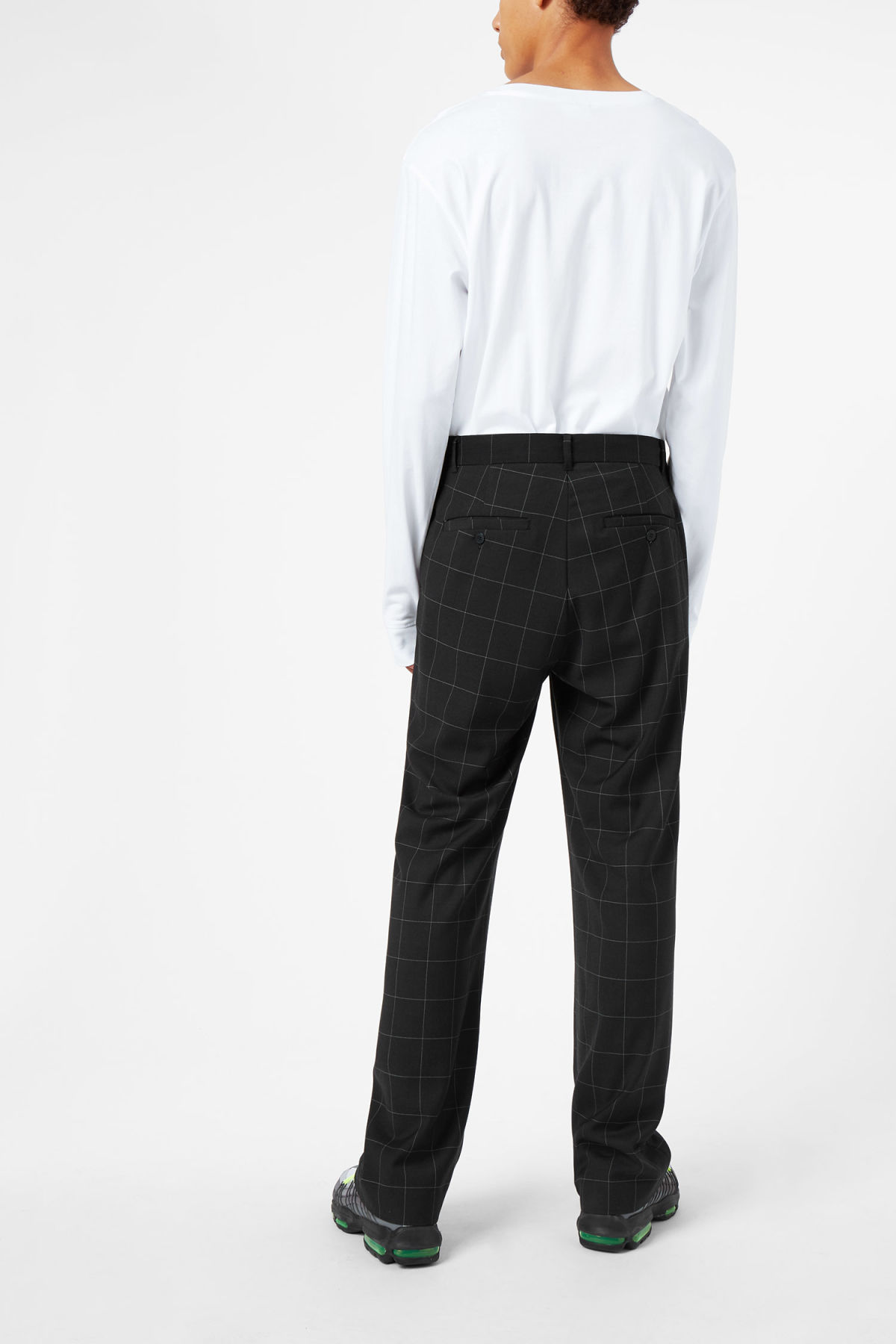 Model back image of Weekday sala trousers in black