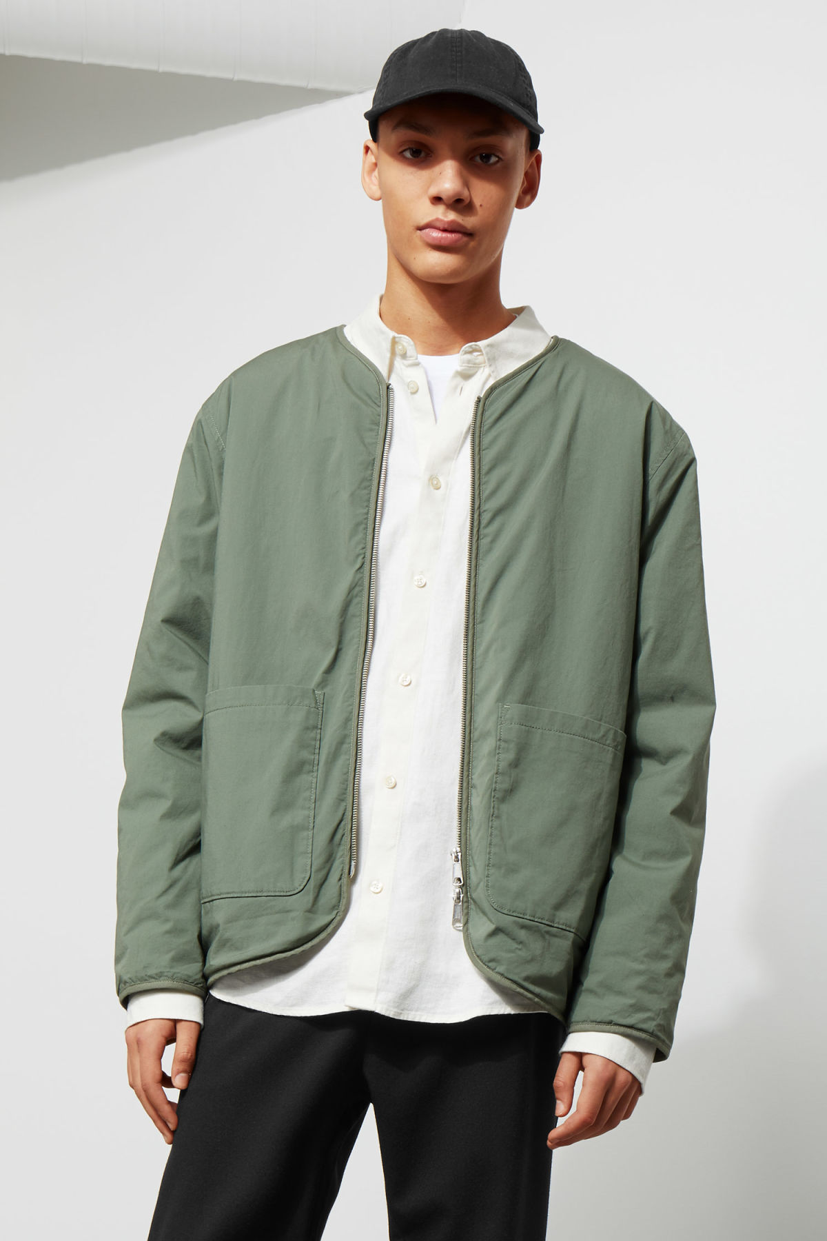 Model front image of Weekday impasto liner jacket in green