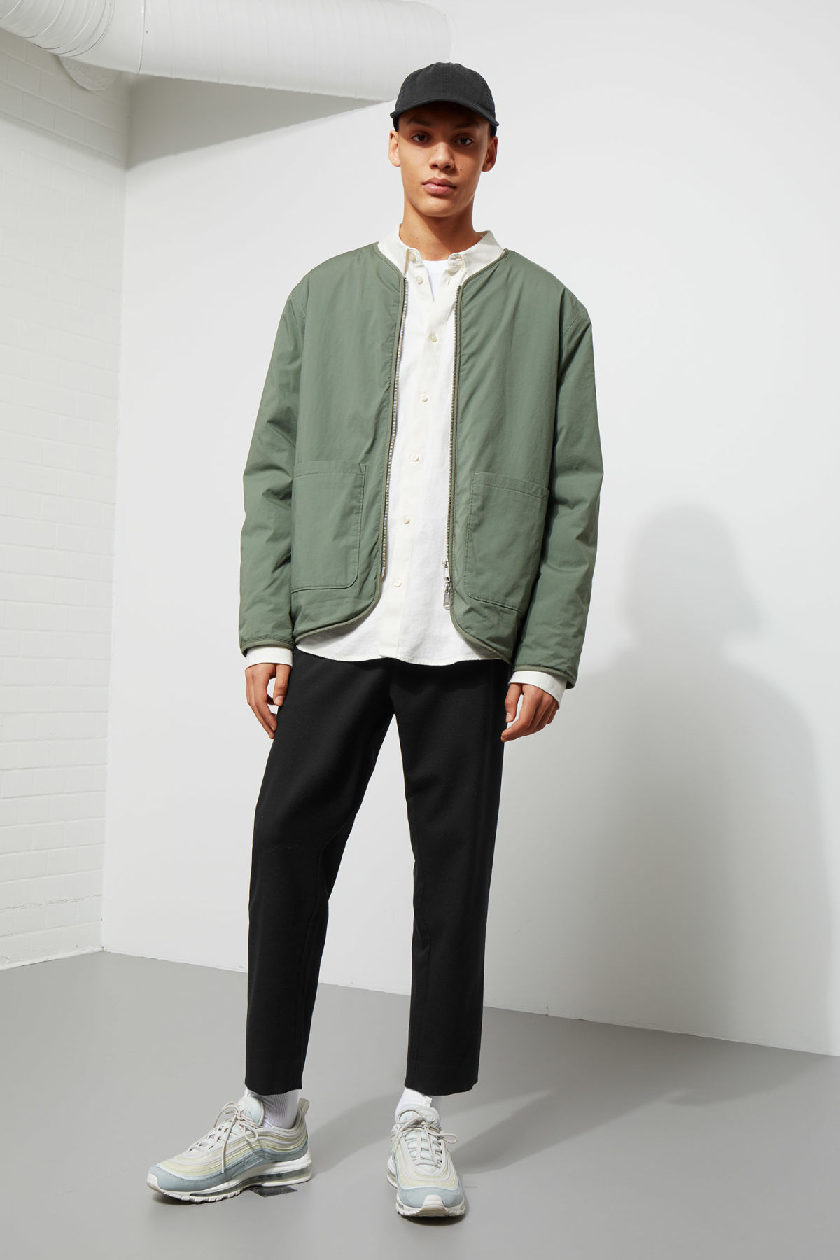 Model side image of Weekday impasto liner jacket in green