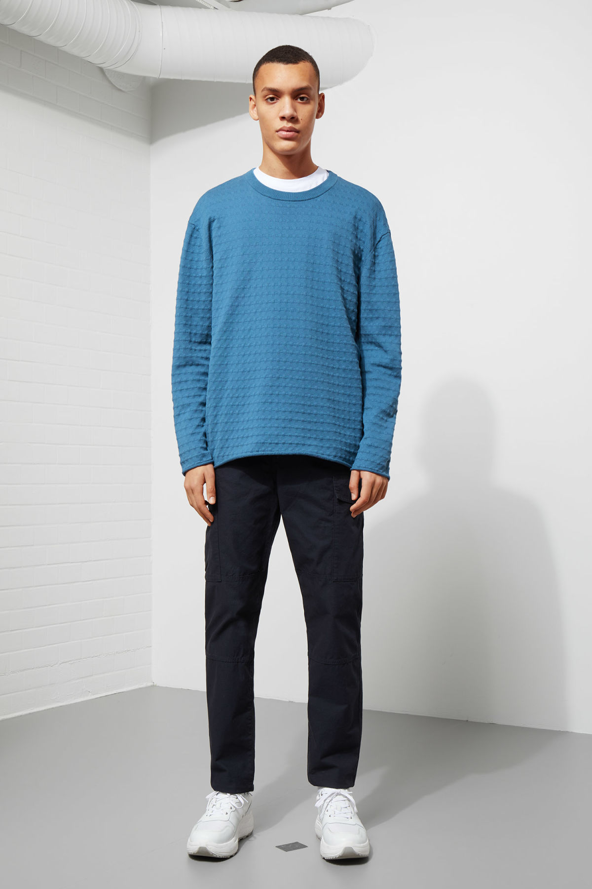 Model side image of Weekday prism sweater  in blue