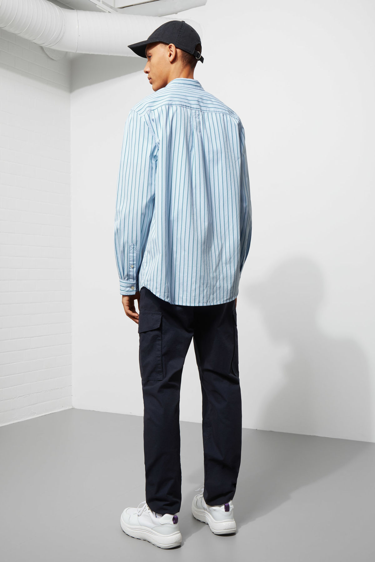 Model back image of Weekday seattle stripe shirt in blue