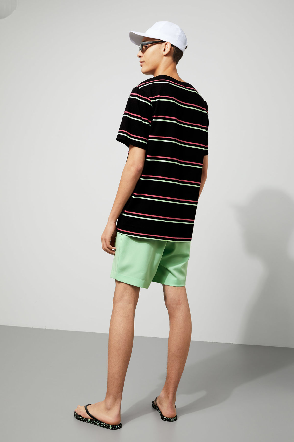 Model back image of Weekday frank striped t-shirt  in black