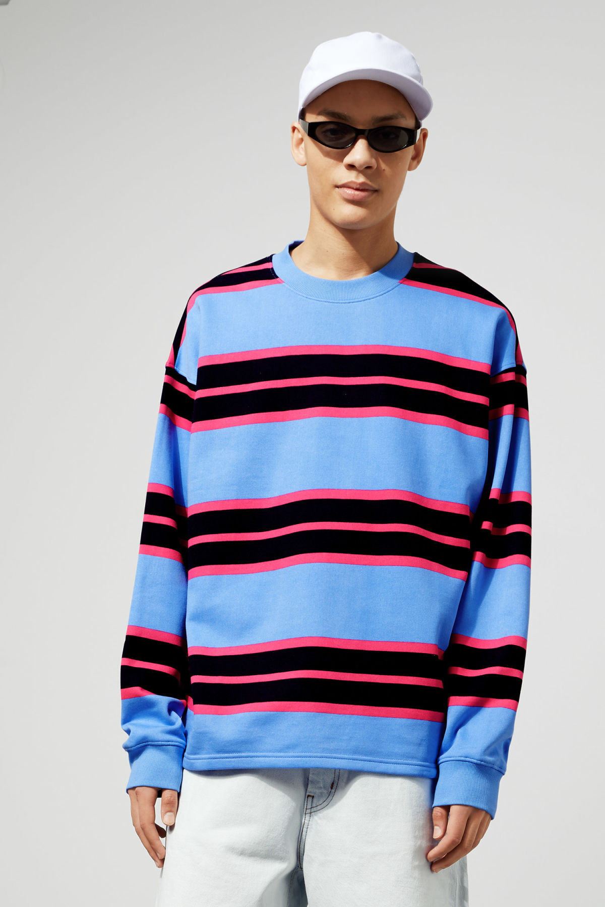 Model front image of Weekday sid striped sweatshirt in blue