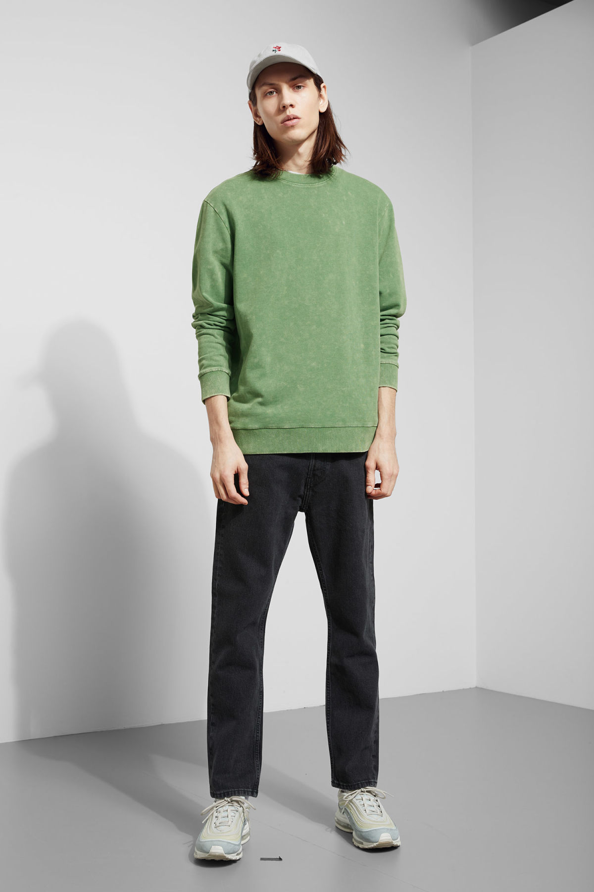 Model back image of Weekday null in green