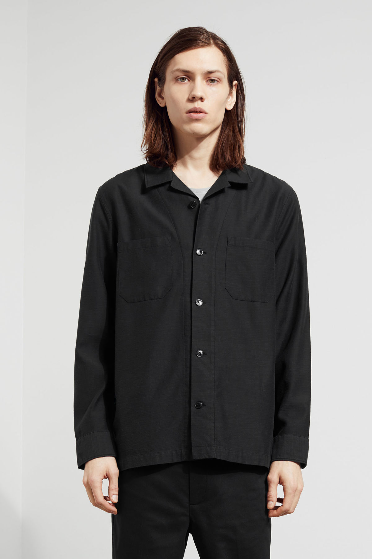 Model front image of Weekday bean shirt in black