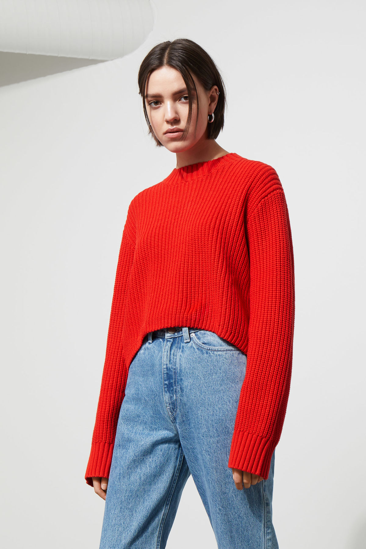 Model front image of Weekday mahal sweater in red