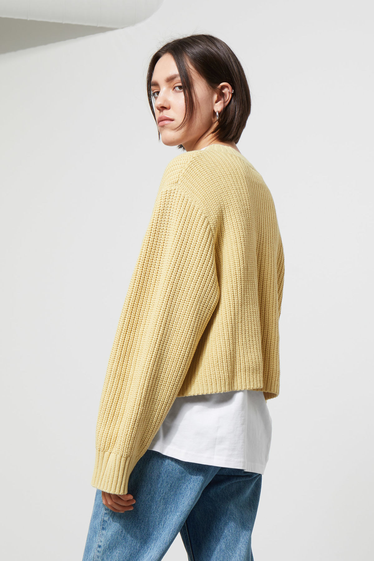 Model back image of Weekday mahal sweater in yellow