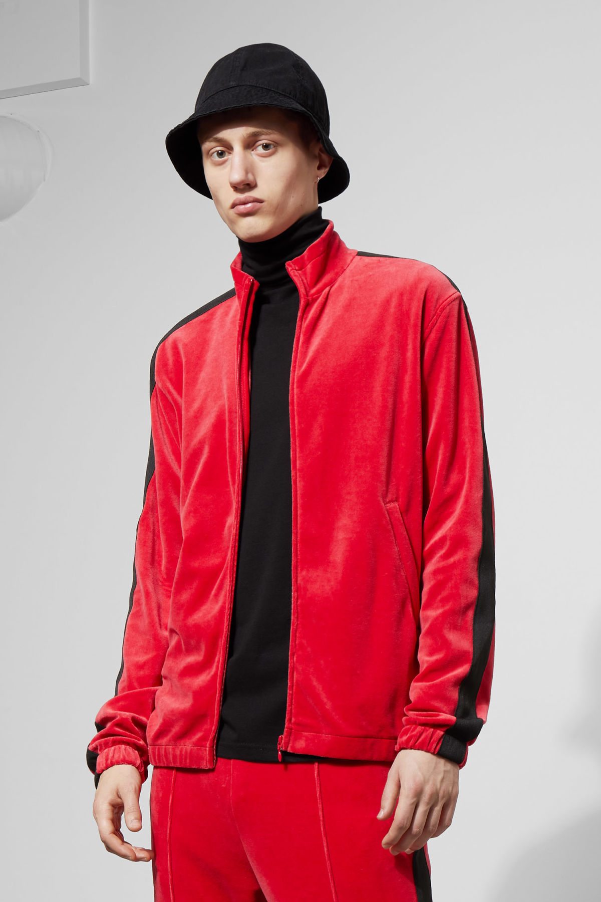 Model front image of Weekday track velour sweatshirt  in red
