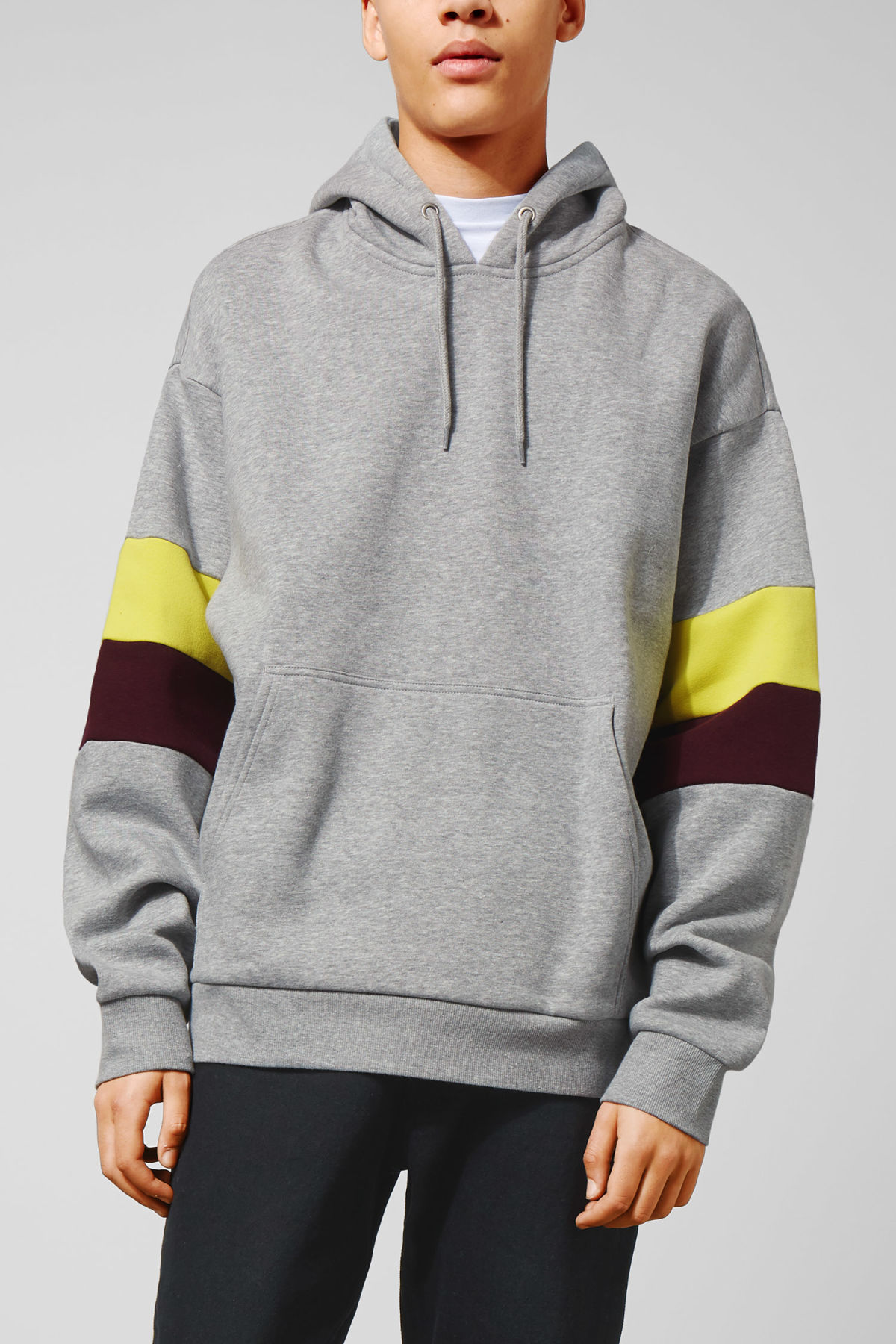 Model front image of Weekday seagull hoodie  in grey