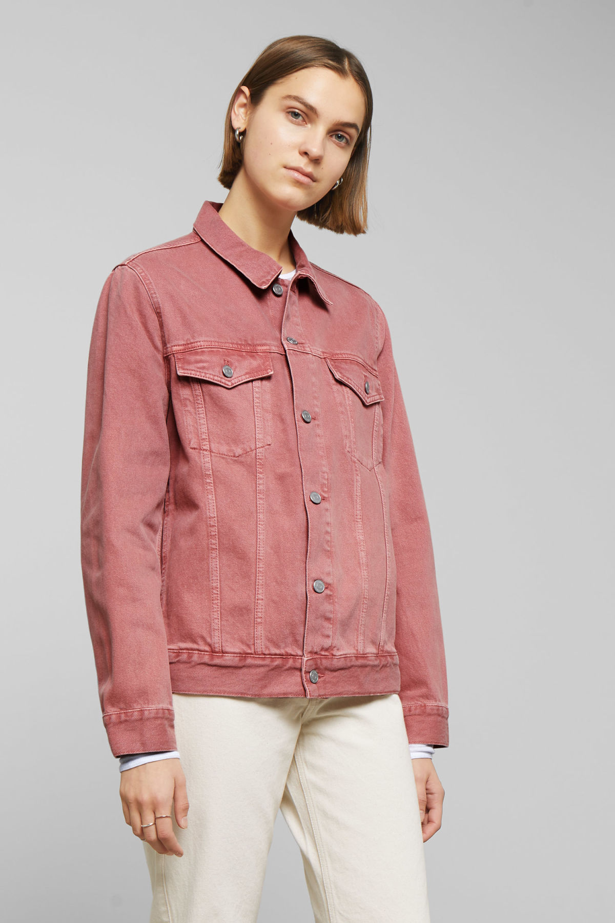 Model side image of Weekday single jacket rose in orange