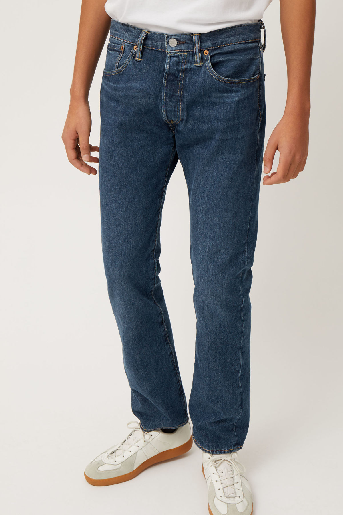 Model front image of Weekday 501 original sub station jeans in blue