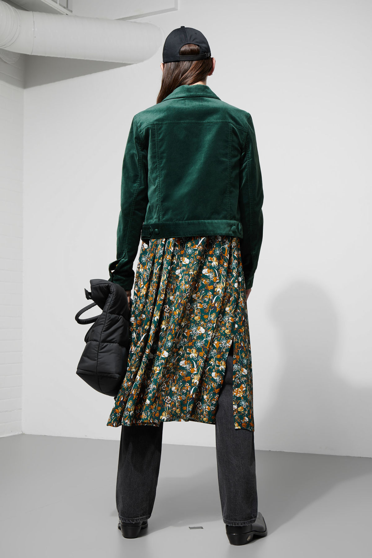 Model side image of Weekday liza jacket in green