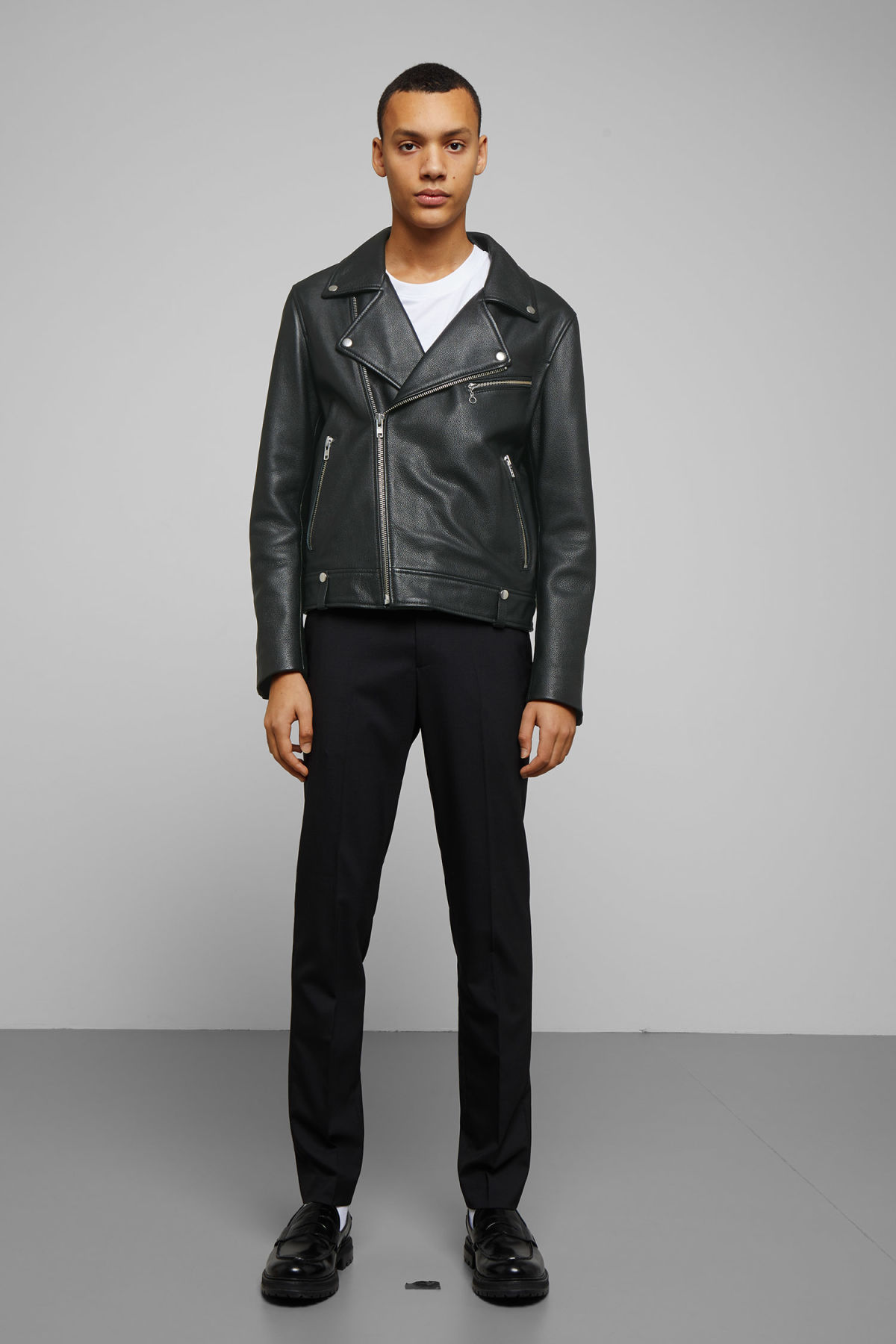 Model back image of Weekday biker leather jacket in black
