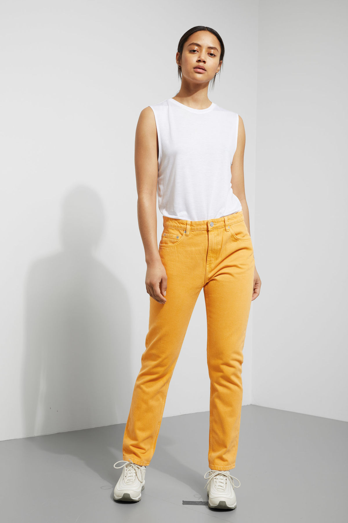 Model front image of Weekday seattle yellow jeans in yellow