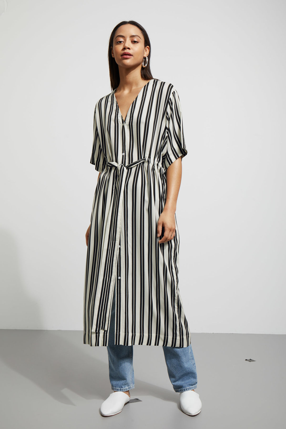 Model front image of Weekday chalk shirt dress in black
