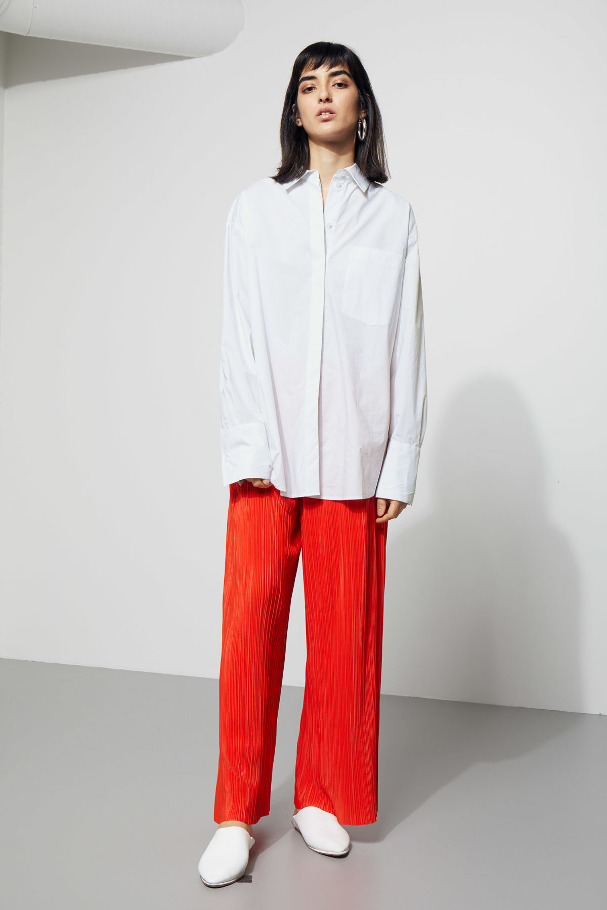 Model side image of Weekday format shirt  in white
