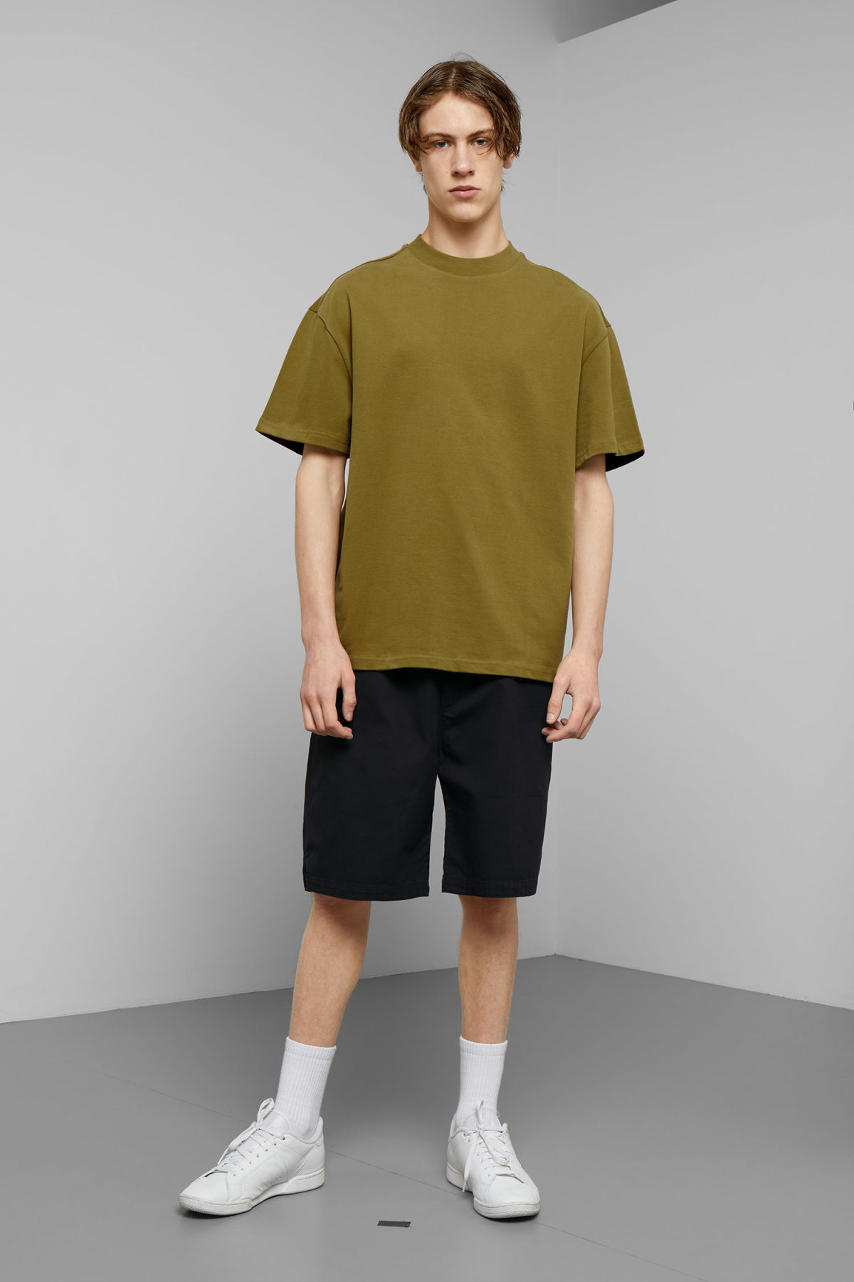 Model side image of Weekday great t-shirt in green