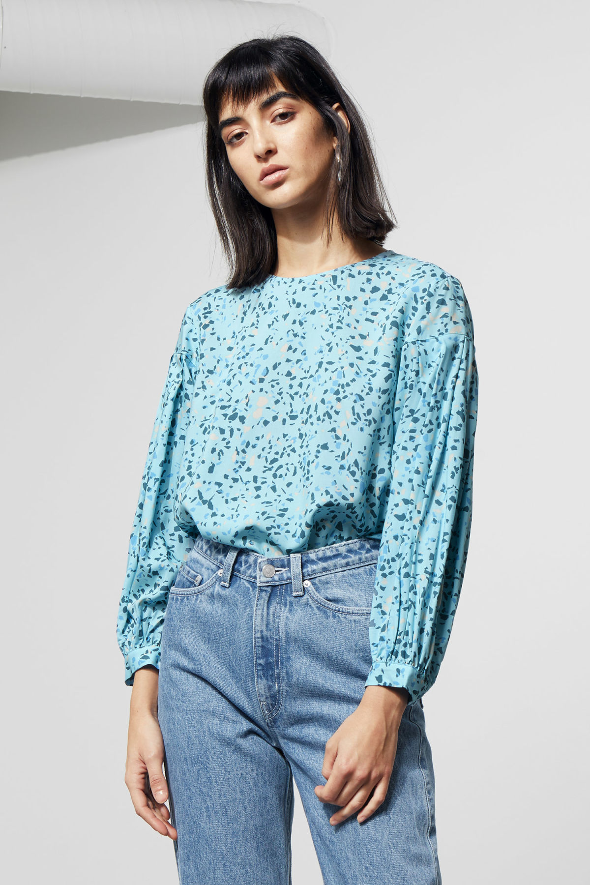 Model front image of Weekday savina blouse in blue