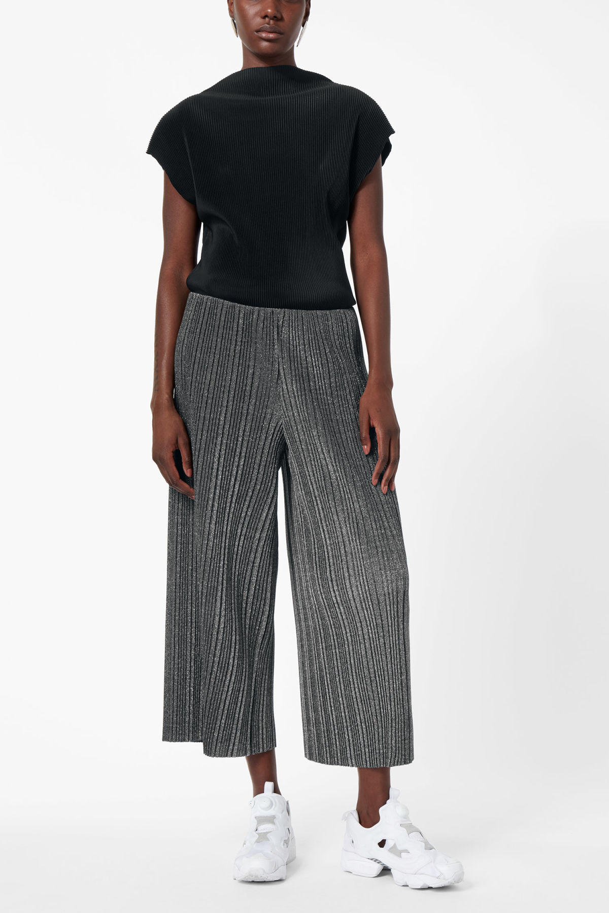 Model front image of Weekday malena trousers in black