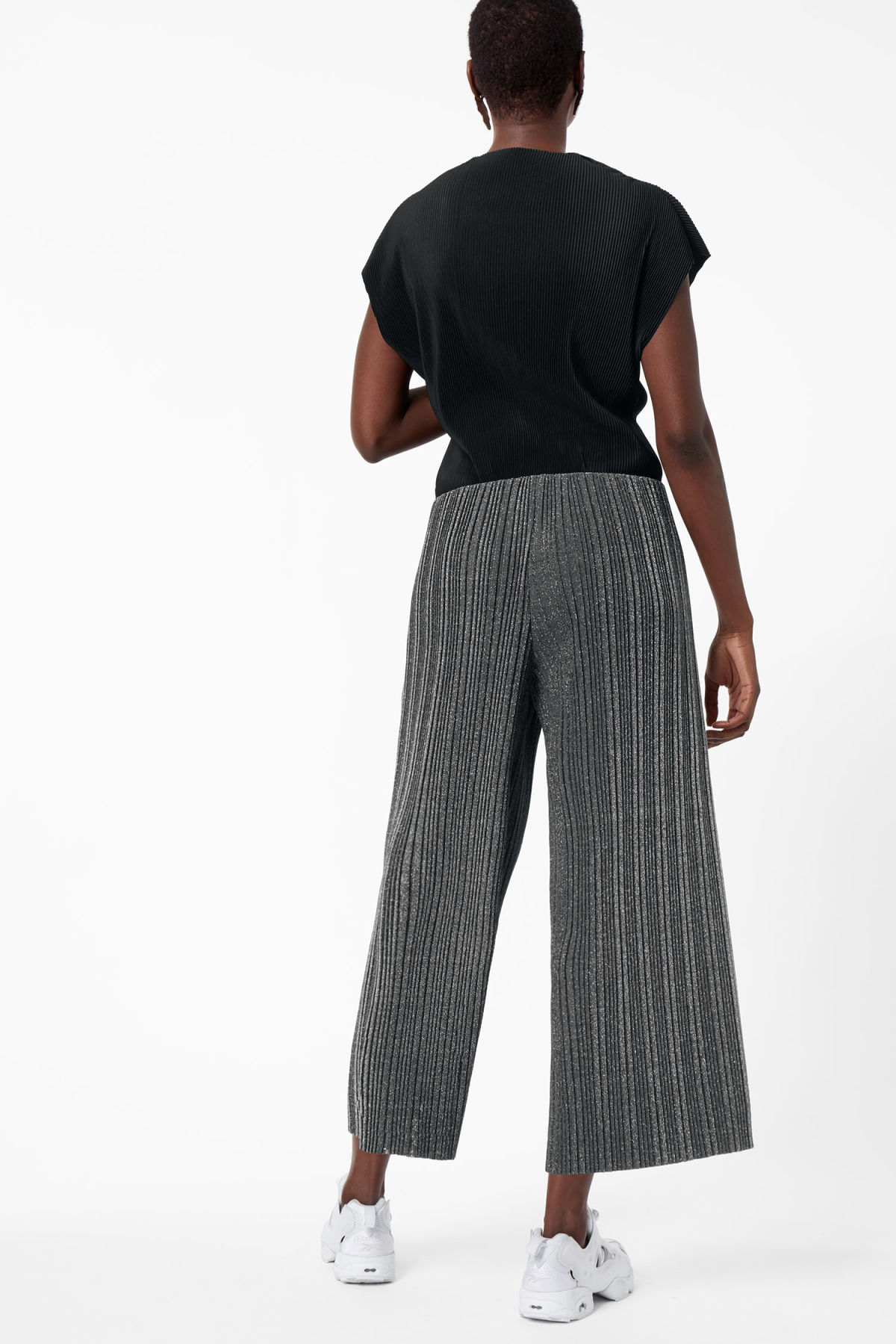 Model back image of Weekday malena trousers in black