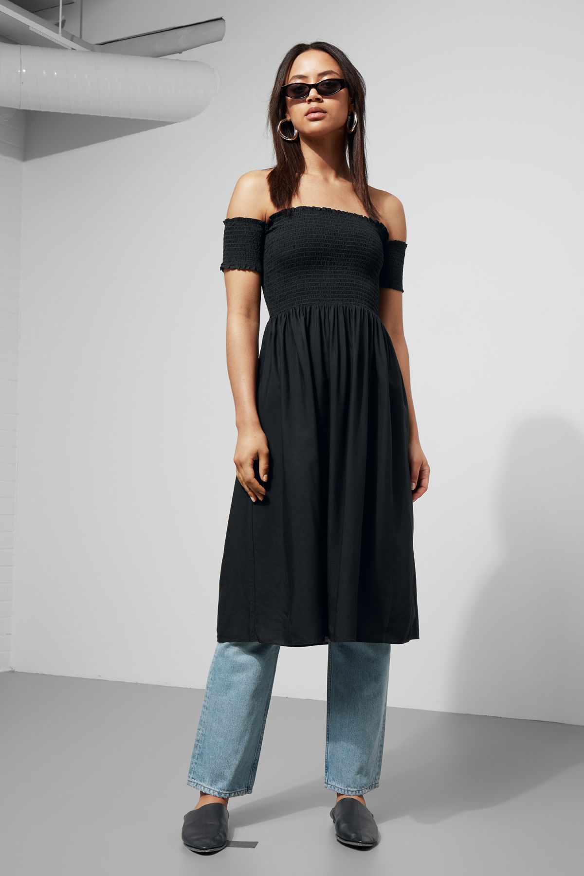 Model front image of Weekday rosin dress in black