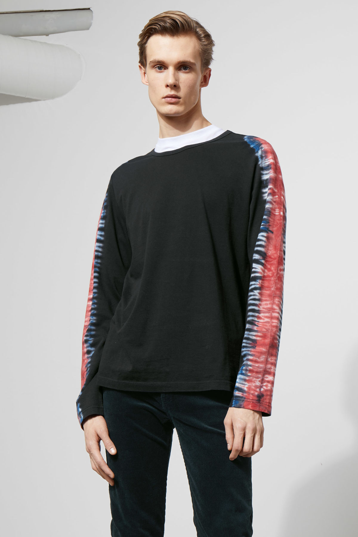 Model front image of Weekday chain dye long sleeve  in black