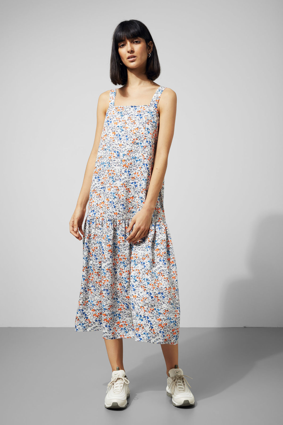 Weekday Hockney Dress - White Outlet How Much Discounts Cheap Price Geniue Stockist Cheap Price Free Shipping How Much Discount Eastbay TIyqG