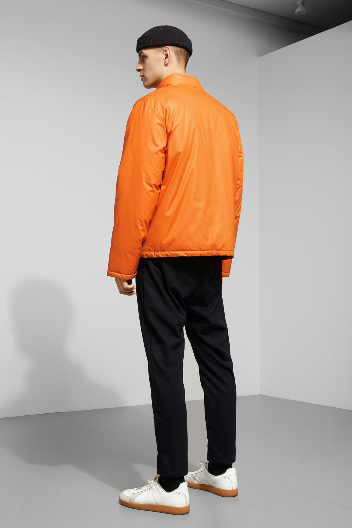 Model back image of Weekday jimmy jacket in orange