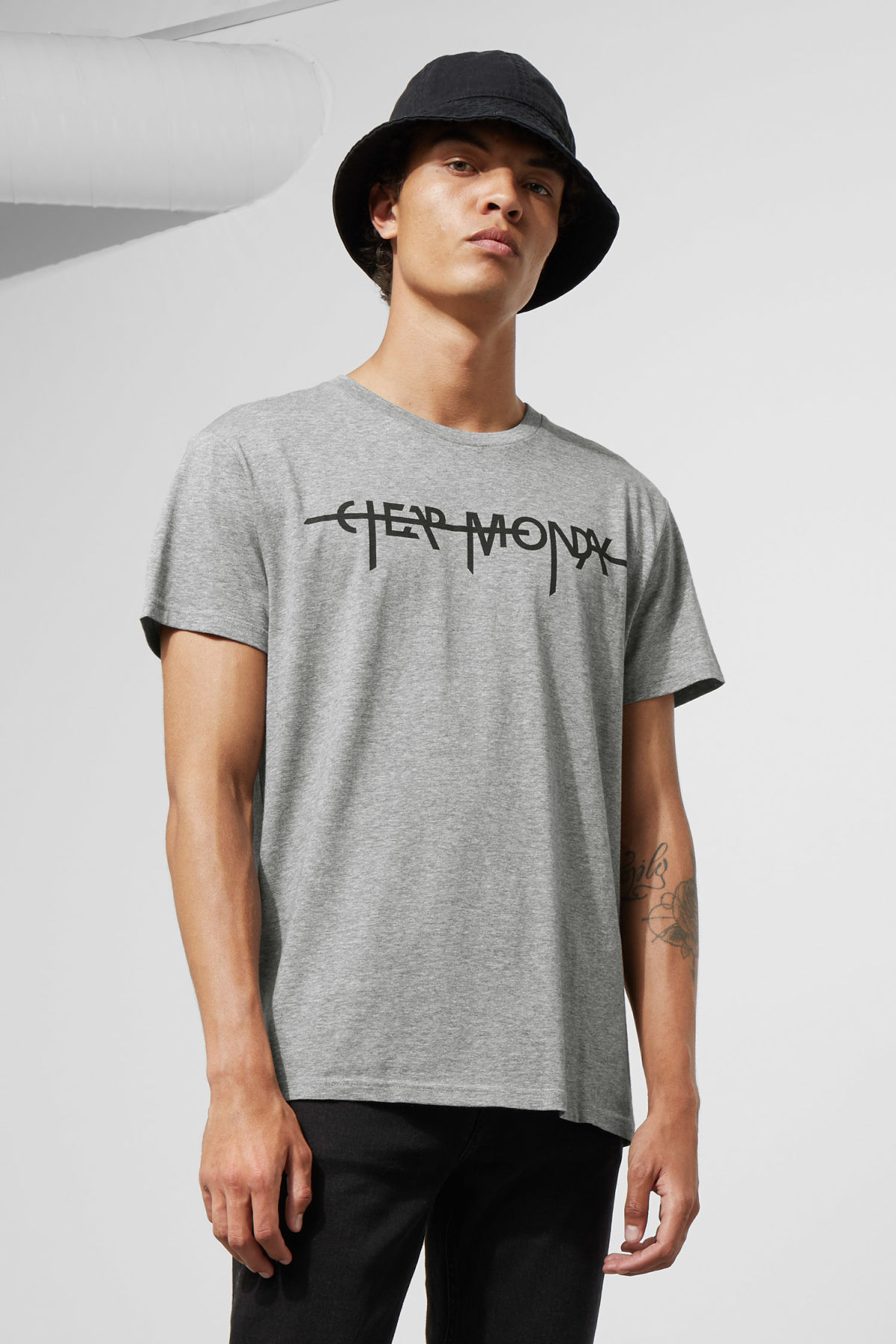 Model front image of Weekday standard hacker logo tee in grey