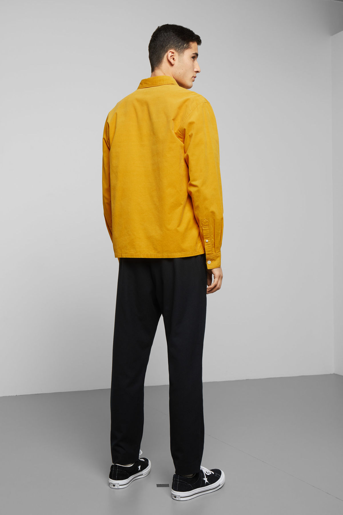 Model back image of Weekday wise cord shirt in yellow