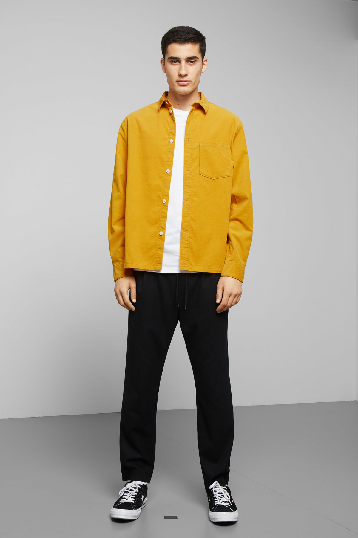 Model side image of Weekday wise cord shirt in yellow