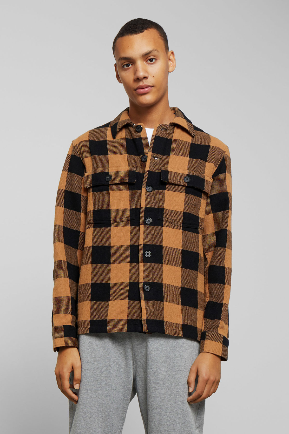 Model front image of Weekday howard checked shirt in beige
